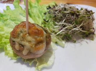 Mushrooms stuffed with spinach and cheese
